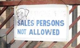 More informally: 'salesmen'.